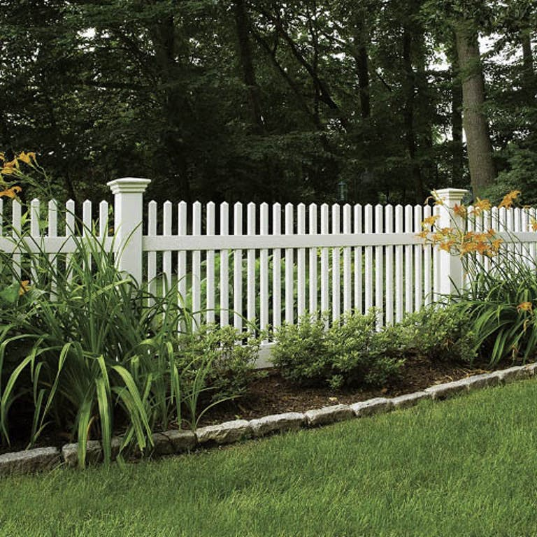 Peerless-Fence-Group-wooden-fence