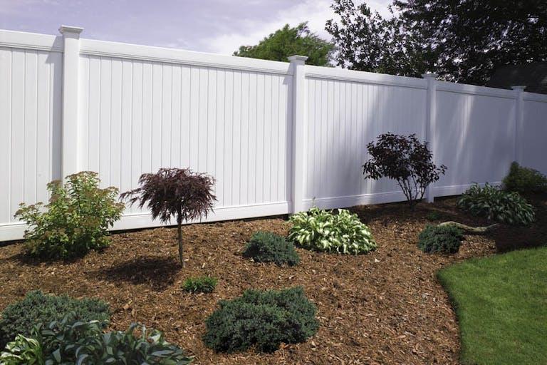 D&G Fence vinyl fence