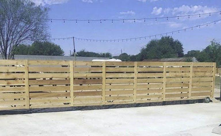 Terry-Moreland/-Moreland-Fence-wooden-fence