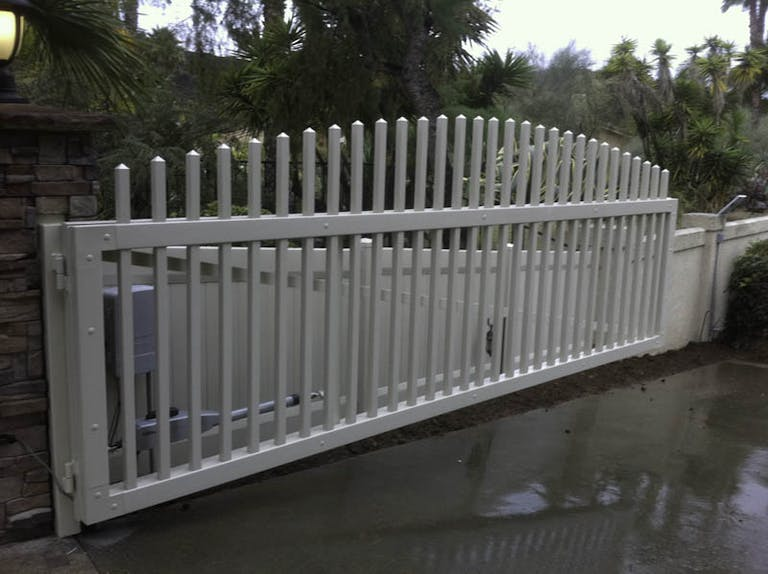 GB'S Fence Company steel fence