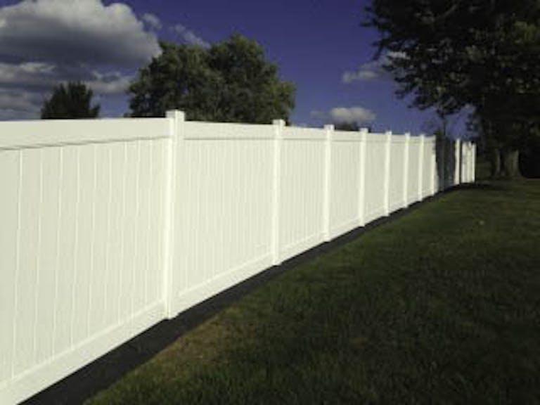 Penn-Fencing-Vinyl Fence