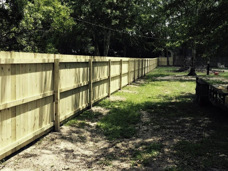 Southern-Exteriors-Fence-Co.-wooden-fence