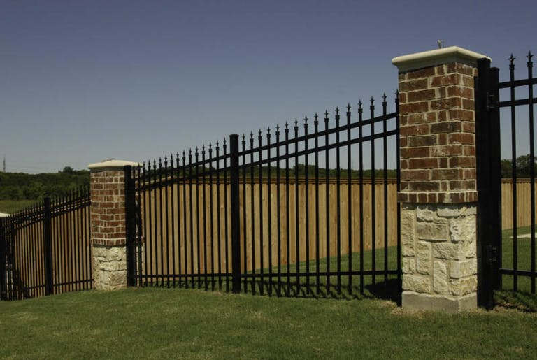 Fence-Supply-Inc.-steel-fence