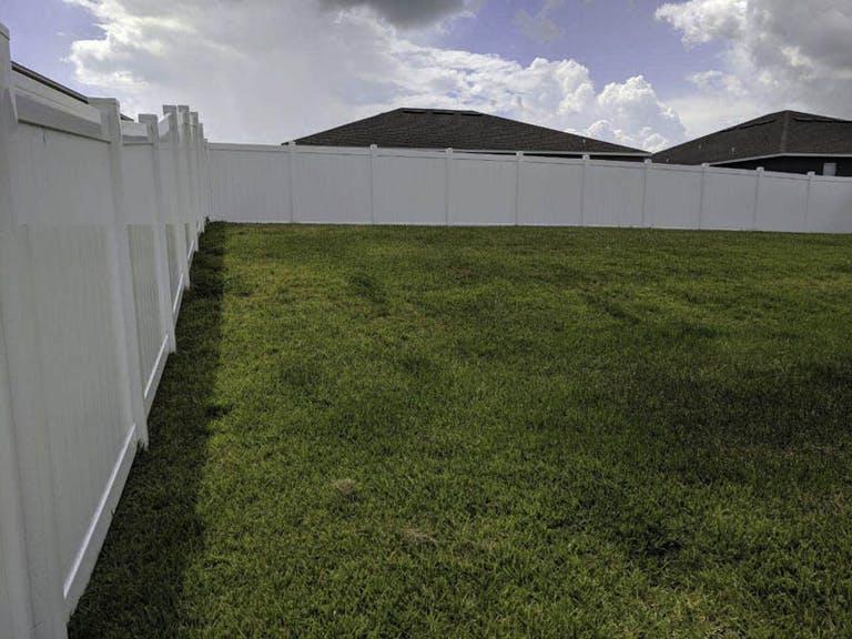 Hercules-Fence-Co.-Inc.-vinyl-fence