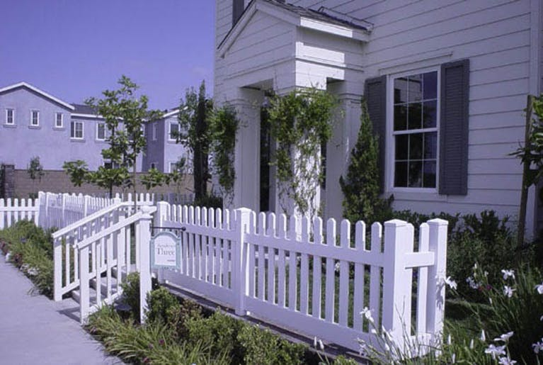 Fenceworks-Inc.-Golden-State-Fence-Company-Inc-Picket Fence