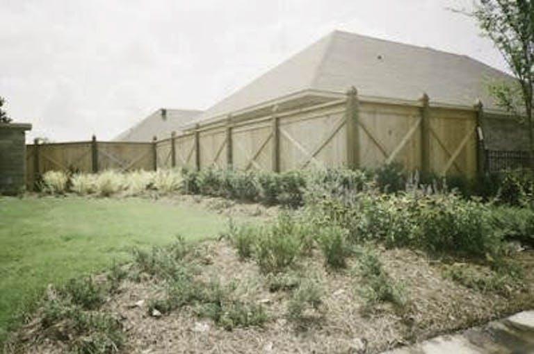 Bankston-Fence-Inc.-wooden-fence