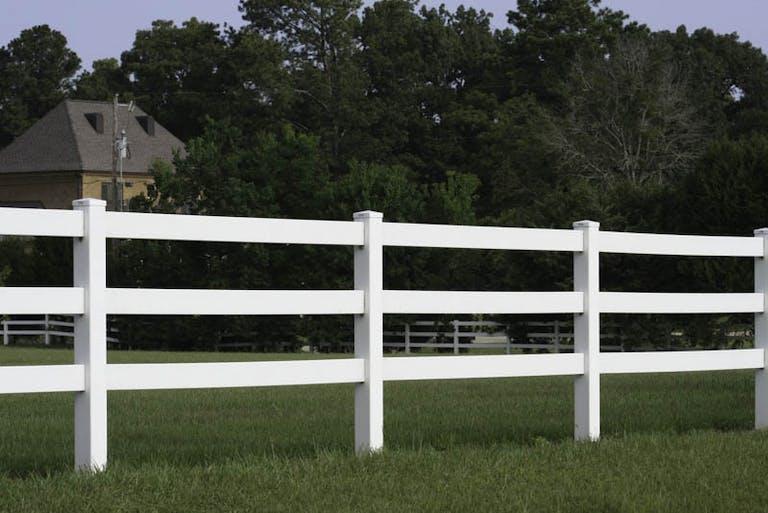 A-1 Kendrick Fence Vinyl Fence