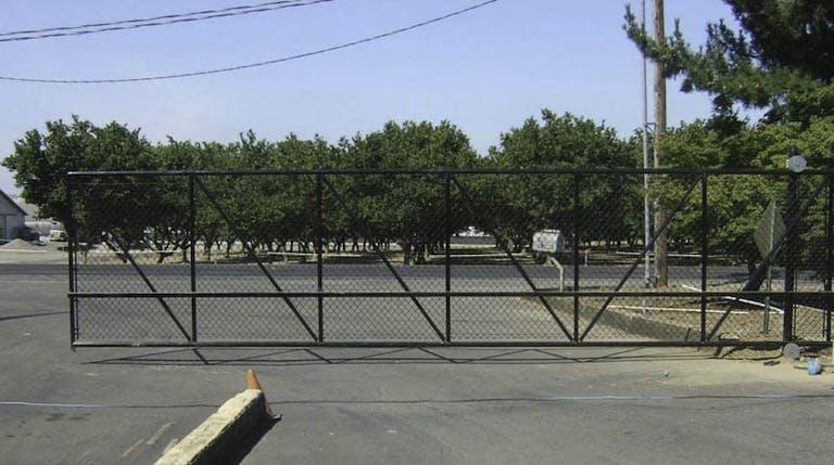 Whelchel-Fence-Co.-Inc.-Jimco-Fence-Company-Chain-link Fence