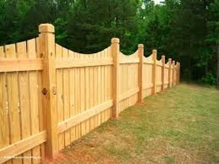 Superior-Fence-Co.-Inc.-wooden-fence