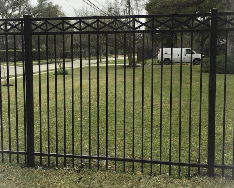 Roman's-Fence-Co.-Inc.-Iron Fence