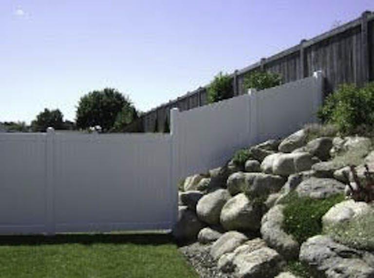 Neighborhood-Fence-Vinyl Fence