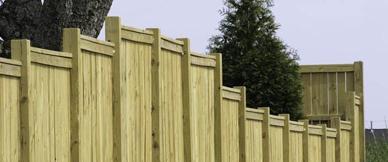Budget-Fence-of-Central-Florida-vinyl-fence