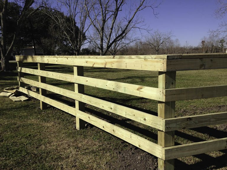 Greak-Fence-and-Deck-Wooden Fence