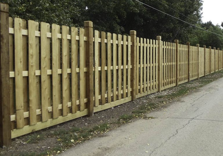 Kent-Fence-Co.-wooden-fence