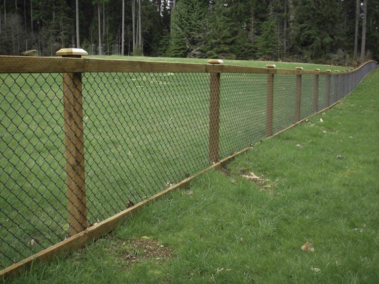 Hansen Bros Fence Chain-Link Fence