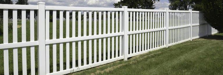 A & B Fence Picket Fence