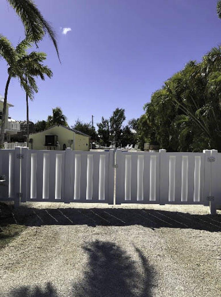 Island Fence Custom Fence