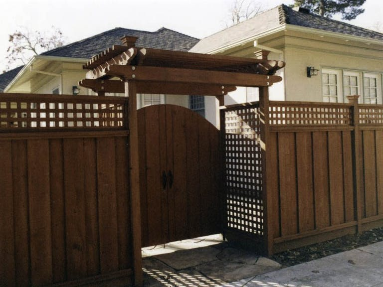 Redwood-Empire-Wooden Fence