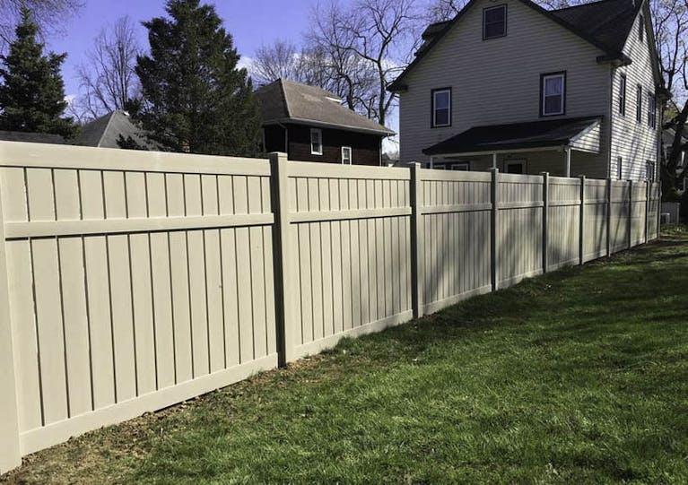 Apex Fence, Inc.-Vinyl Fence