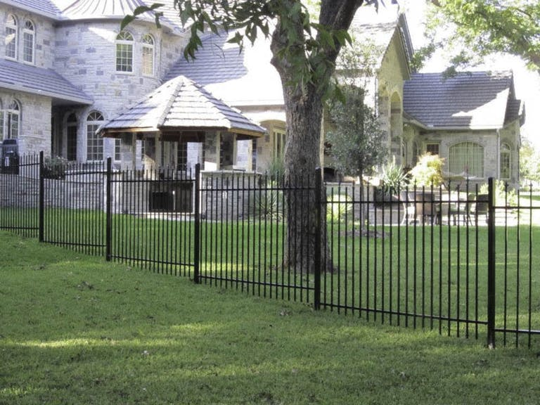 Texas-Backyard-Living-LLC-Steel-Fence