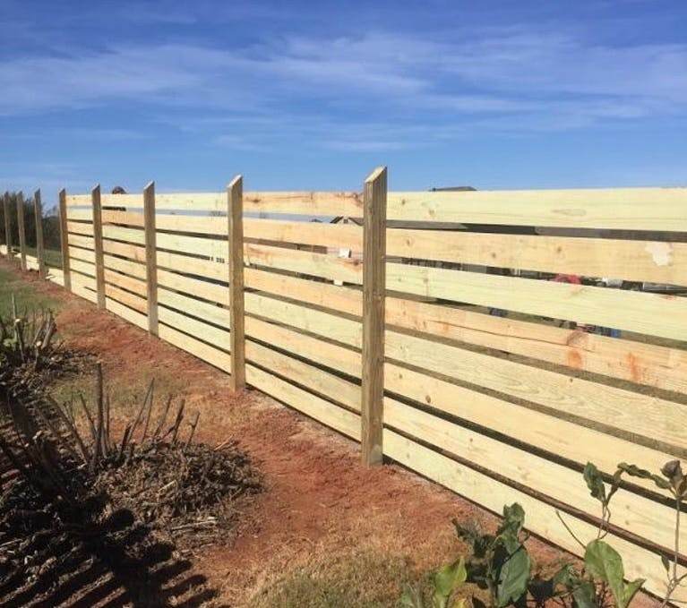 Southern-Renovation-Fence-wooden-fence