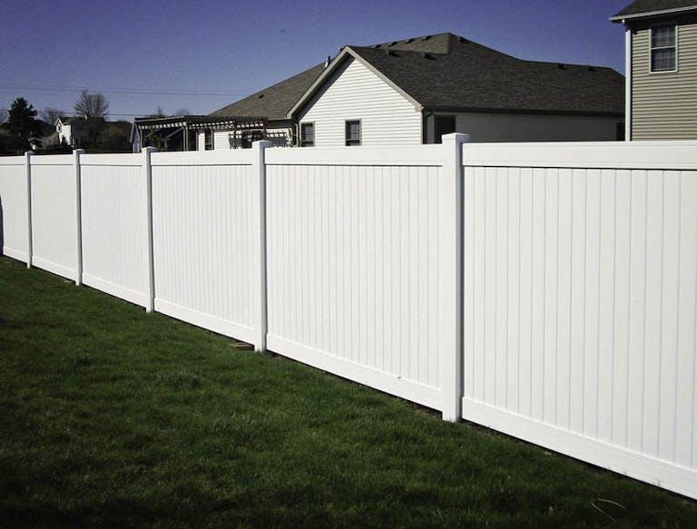 Hohulin-Fence-Co.-composite-wall