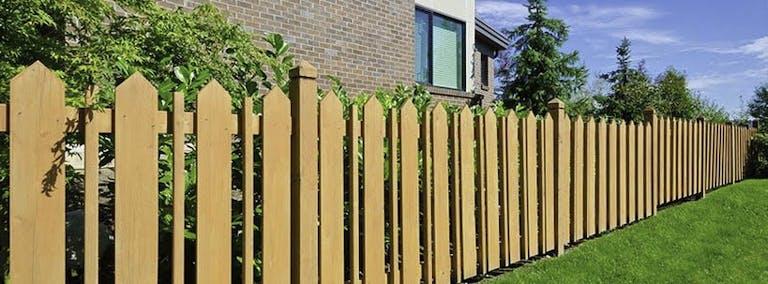 Golden-Fence-Inc.-Wooden-fence