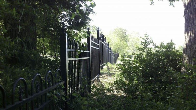 Art's-Fencing-&-Custom-Doors-steel-fence