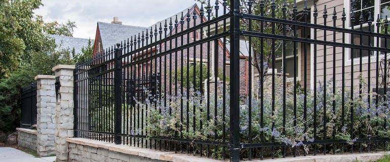 Highlands-Landscaping-Steel-Fence