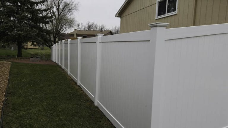 Classic-Fence-Inc.-copoiite-wall
