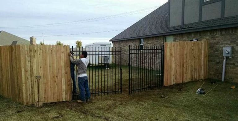 Fence Pro of Oklahoma wooden fence