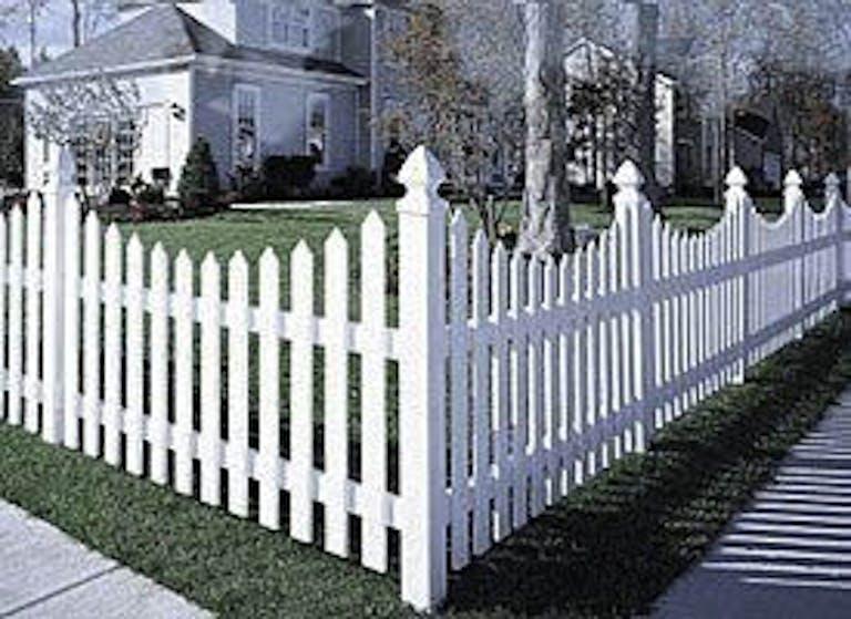 Struck & Irwin Fence Inc. Wooden Fence