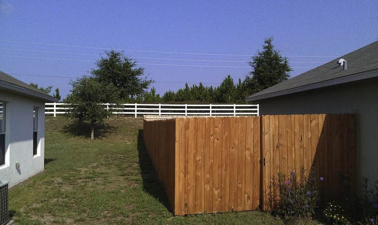 Allstate-Fence-and-Rail-LLC-wooden-fence