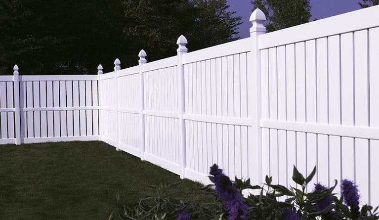 Discount-Fence-Co.-Inc.-composite-wall