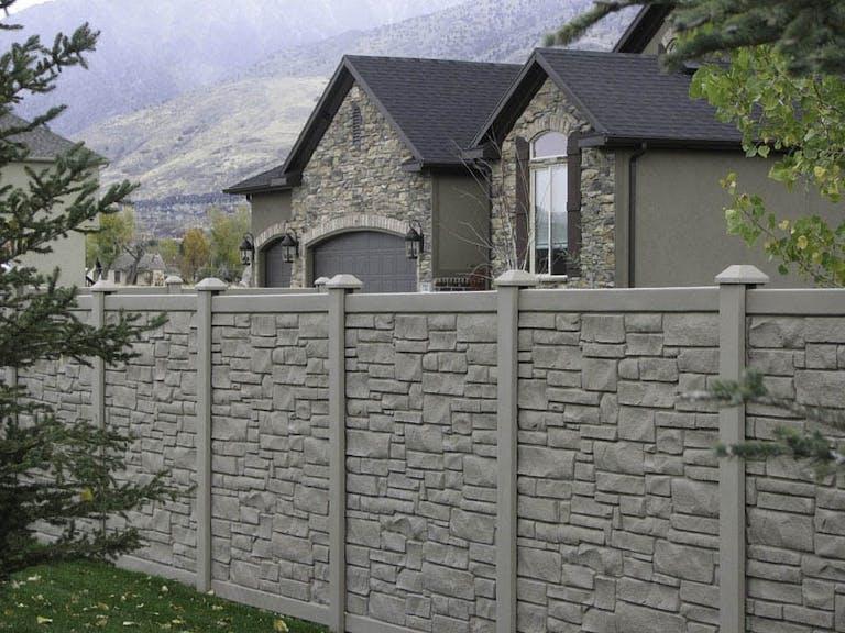 B&T Fencing Stone Fence