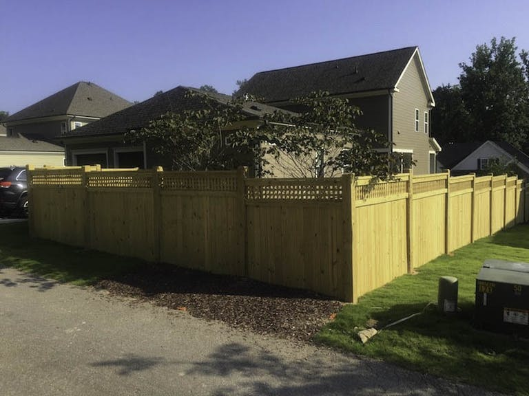 Robco-Fence-&-Deck-LLC-Wooden Fence