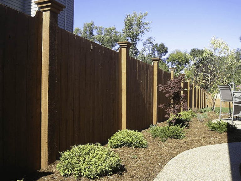 Yutka Fencing Wooden Fence
