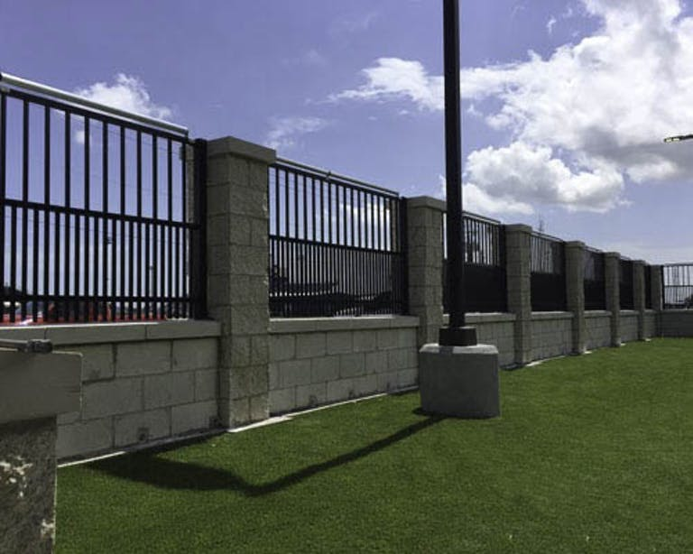 Commercial-Fence -Inc.-Custom Fence