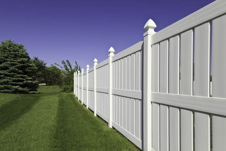 Accent-Fence-Vinyl Fence