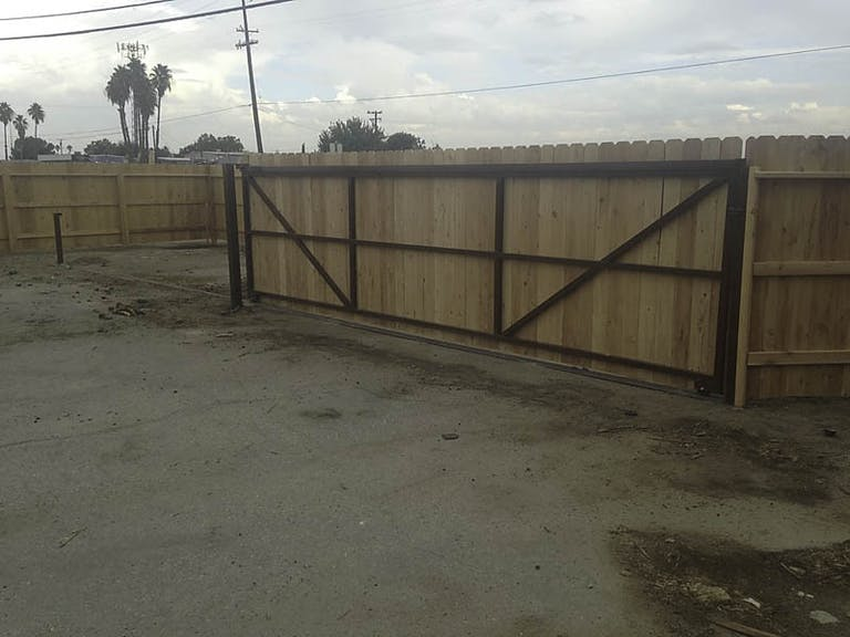 Mike's Fencing Wooden Fence