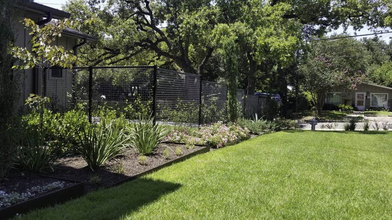 K2 Fence & Stain Chain link fence