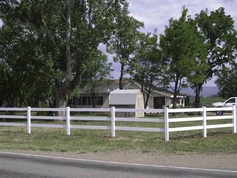 Durango-Fence-Company-wooden-fence