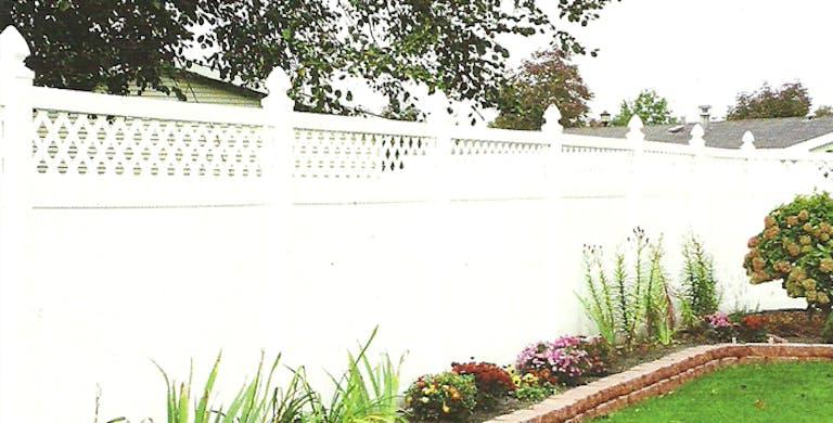 All Fence Supply Inc. vinyl fence.