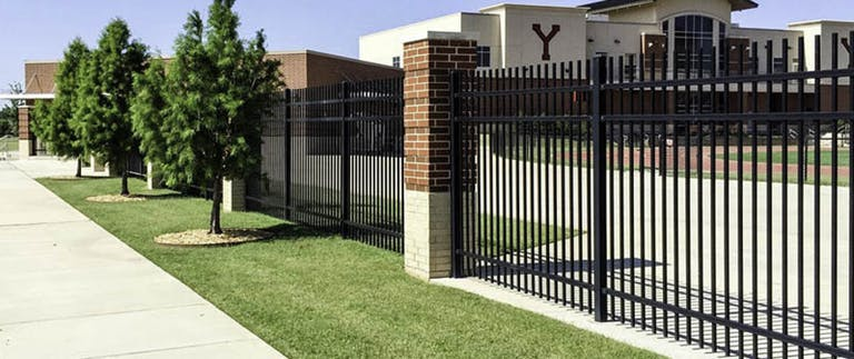 Des-Moines-Steel-Fence-Iron Fence