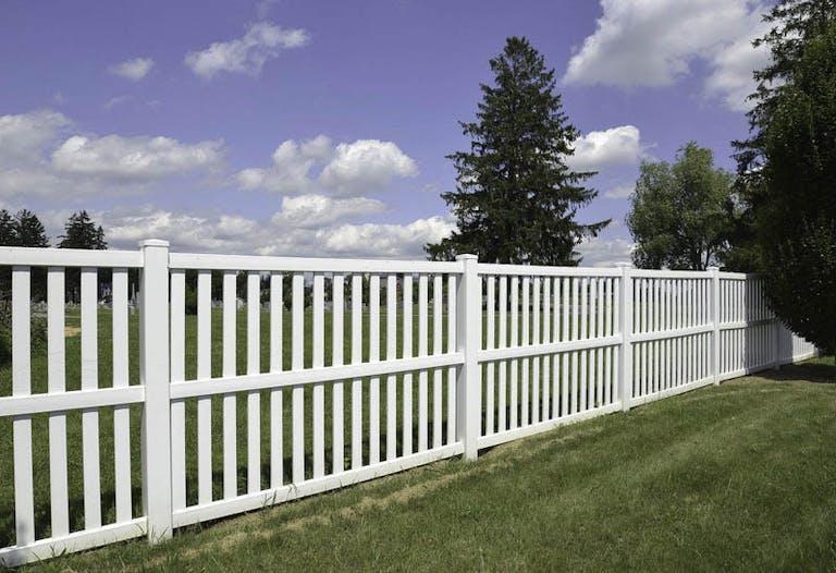 Arbor Fence Co., Inc.-Picket Fence