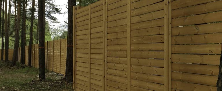 Stirling-Fence-Co.-Wooden Fence