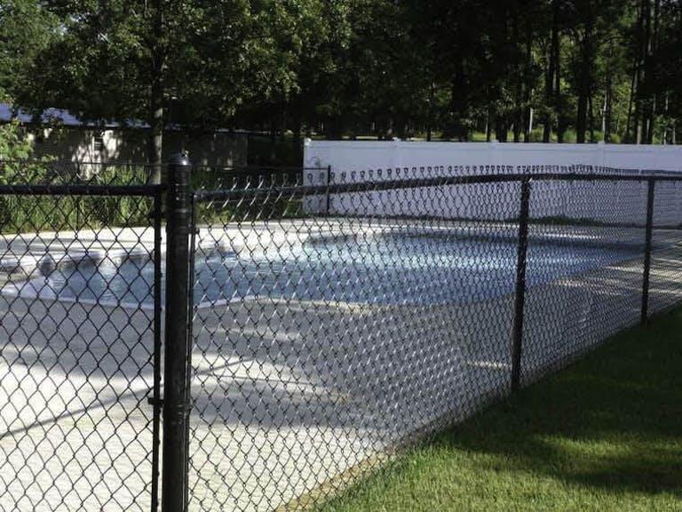 Gill Fence LLC Wire Fence