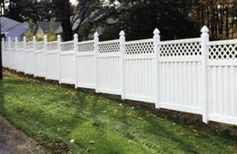 Budget-Fence-Co.-VInyl Fence