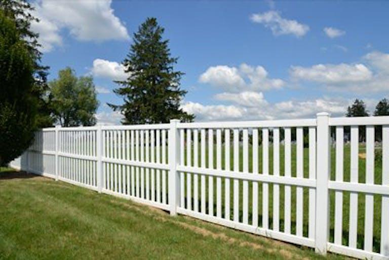 Mobile  Fence  vinyl  fence