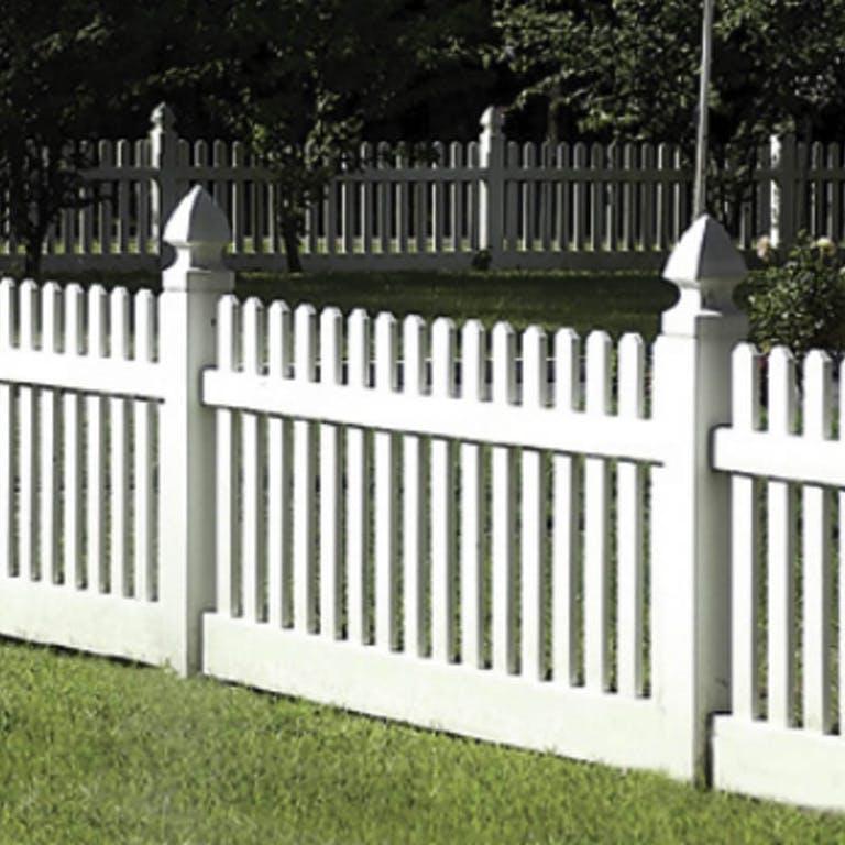Frye-Fence-Co.-Inc.-Picket Fence